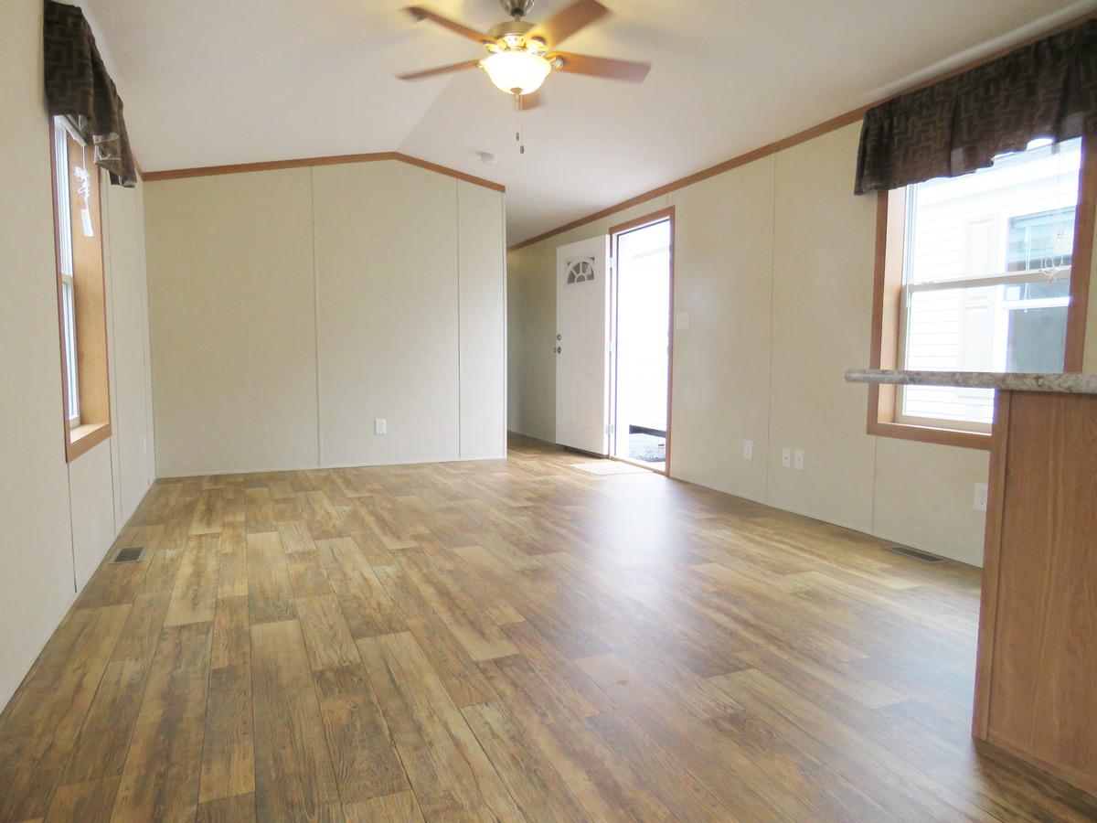Oakwood Single Wide Mobile Home 14 X 80, Laminate Flooring Mobile Homes